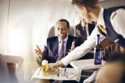 """Chiều khách hàng """"mượt"""" như Lufthansa"""