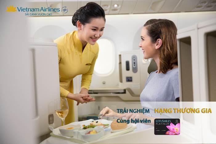 Vietnam Airlines tri ân hội viên LotusSmiles Platinum